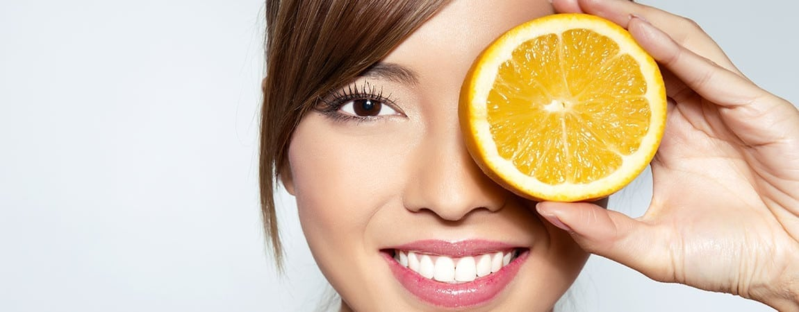 Vitamin C Found to Significantly Cut Cataract Risk