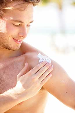 New Link Found Between Sunscreen and Vitamin D Deficiency