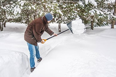 Scientists Discover Snow Shoveling Boosts Risk of Heart Attack