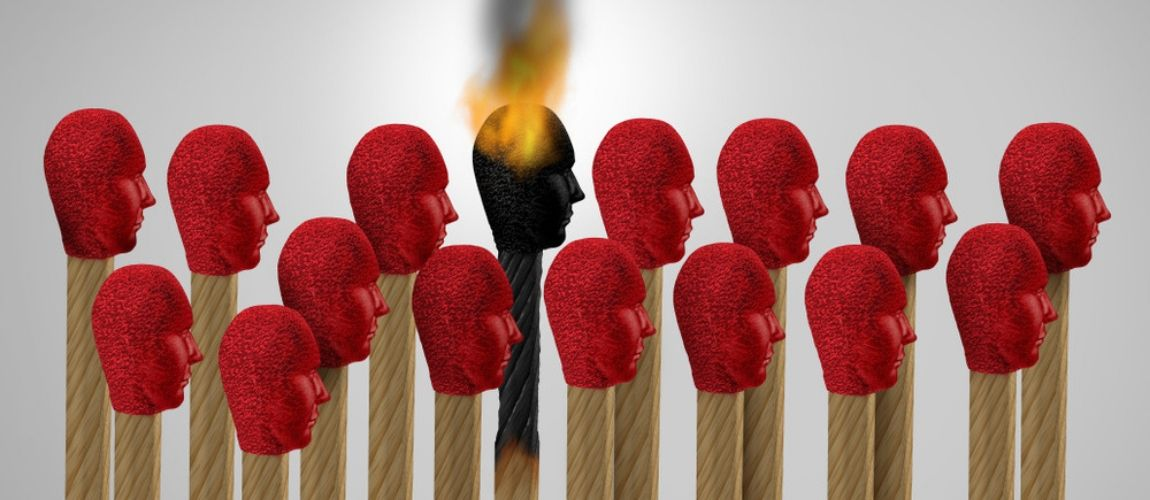 7 Tips for Navigating Burnout Syndrome and Chronic Workplace Stress