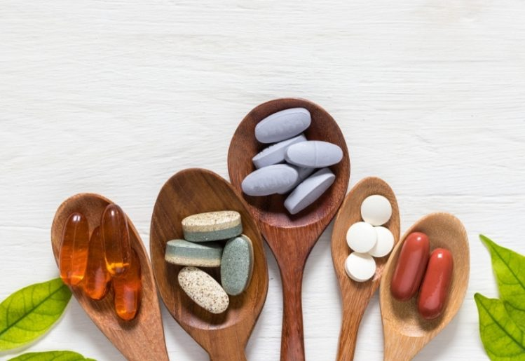 Study Suggests Taking Supplements May Reduce COVID-19 Risk in Women